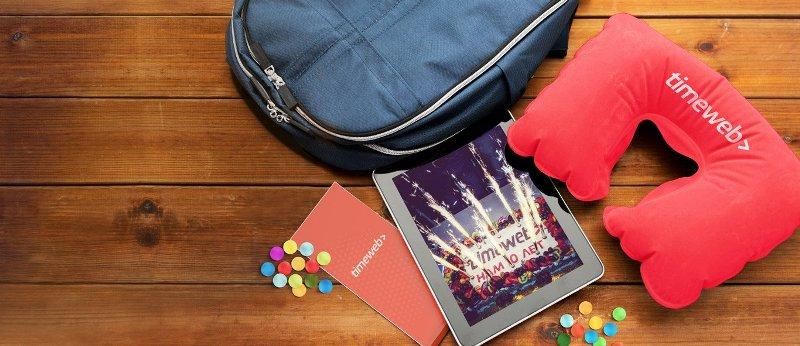 надувная подушка для путешествий от Таймвеб (timeweb)
